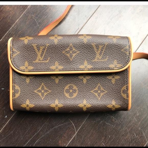 2f979f735a9b Louis Vuitton Handbags - Louis Vuitton Florentine fanny